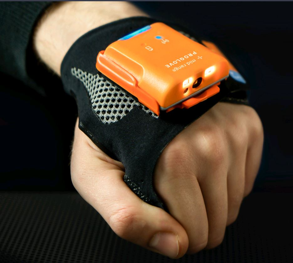 Vierpool en ProGlove's Smart-gloves: barcodescannen 4.0