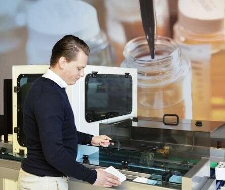 Industriële oplossingen met geïntegreerde labtechnologie