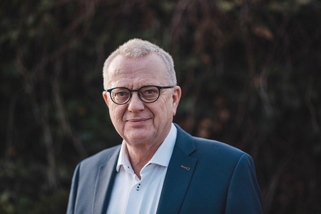 Op het snijvlak van politiek en ondernemerschap; Van Veelen in het bestuur van MKB-Nederland