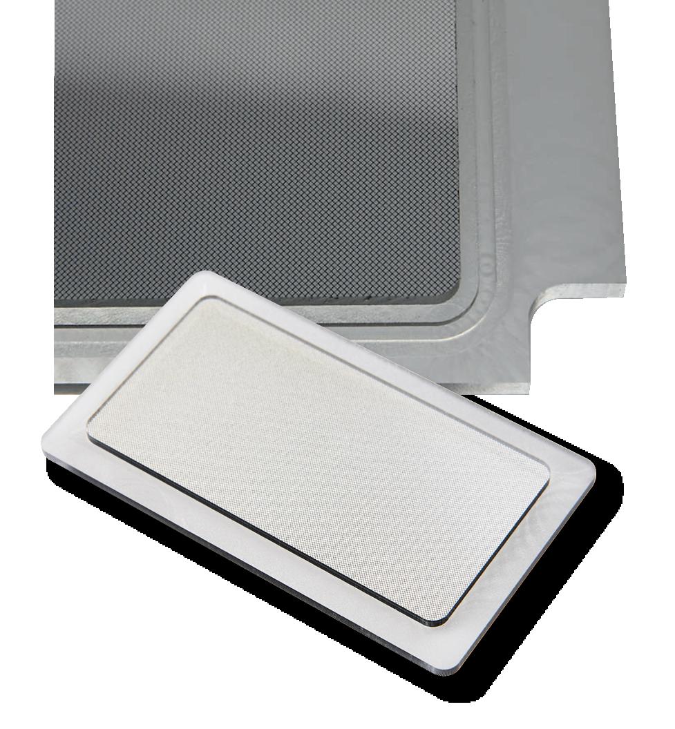 Lichte en flexibele EMI voorzetruiten voor displays