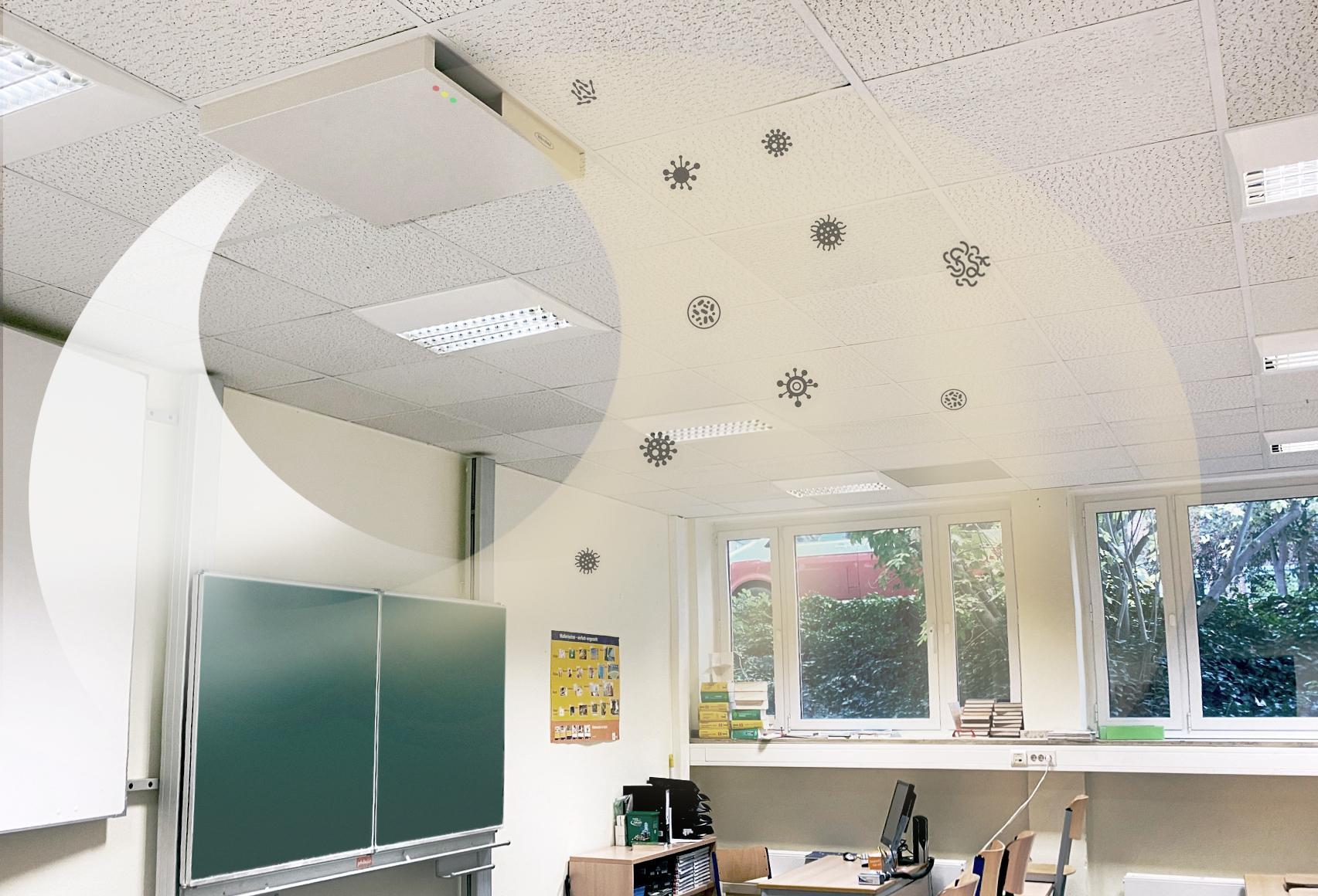 Ideaal voor scholen: de Mikrobex Cloud wordt eenvoudig in het roosterplafond van het klaslokaal geplaatst waar hij de lucht geruisloos ontsmet met UV-C-licht