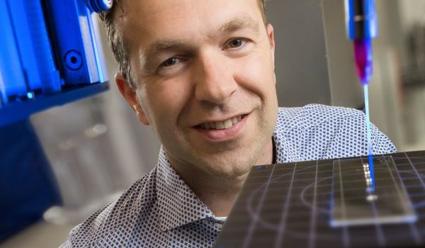 Luc Scheres, CEO Surfix